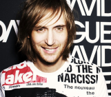 David Guetta, forced to flee the stage in embarrassment