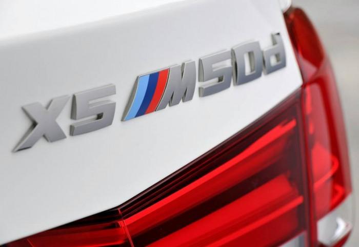BMWX5-M50d-5-700x481.jpg