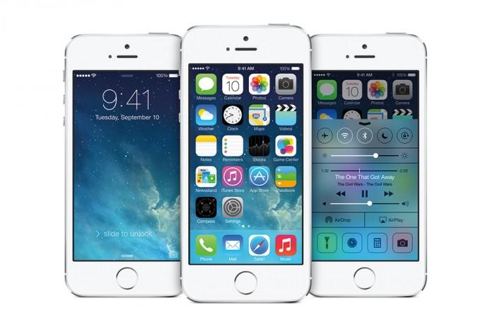 apple-unveils-iphone-ios7-01-700x466.jpg