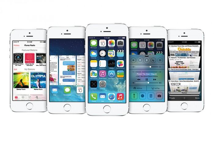 apple-unveils-iphone-ios7-03-700x466.jpg