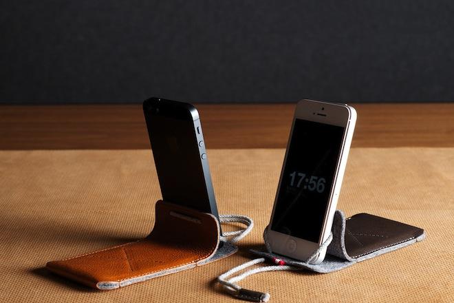 hard-graft-iphone-case-stand-1.jpg