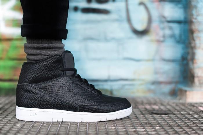 DSM-NY-x-Nike-Air-Python-1-700x466.jpg