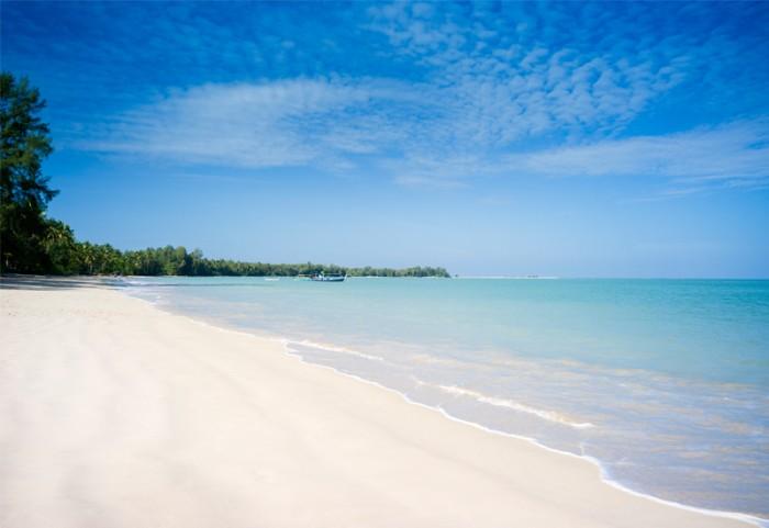 Sarojin-beach-700x481.jpg
