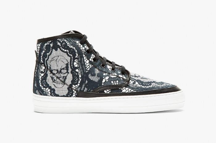 alexander-mcqueen-black-skull-and-lace-f