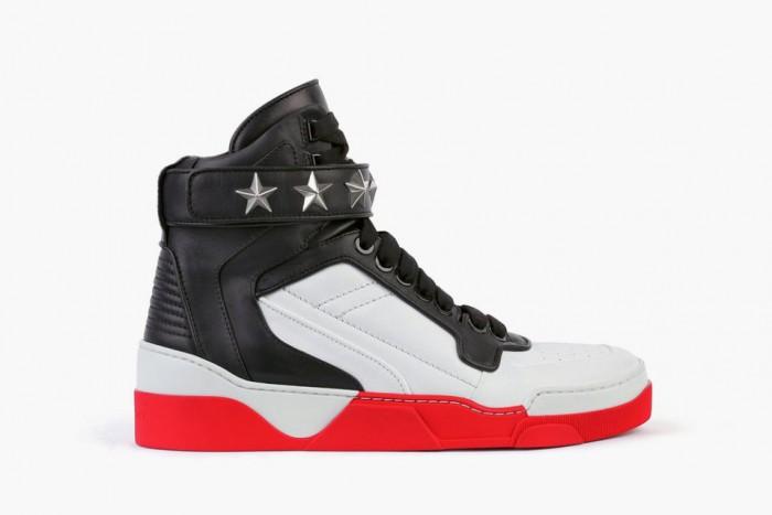 givenchy-jordan-sneaker-pack-1-960x640-7