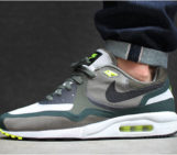 NIKE AIR MAX LIGHT WR