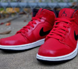 Air Jordan 1 Mid: Gym Red