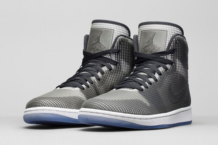 air-jordan-4lab1-black-silver-02-700x466