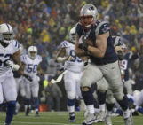 New England Patriots dominate Colts