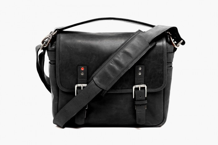ona-berlin-2-black-camera-bag-for-the-le