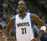 Kevin Garnett agreed to return to the Timberwolves