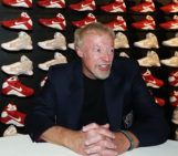 Phil Knight Steps Down From Nike Position