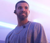 Drake's 'If You're Reading This' Becomes First Million-Selling Album Released in 2015