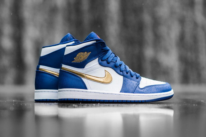 air-jordan-1-retro-high-gold-medal-1