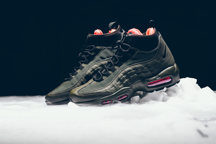 nike-air-max-95-dark-loden-sneakerboot-9