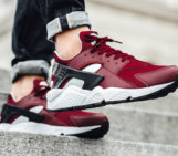 Nike Air Huarache Team Red